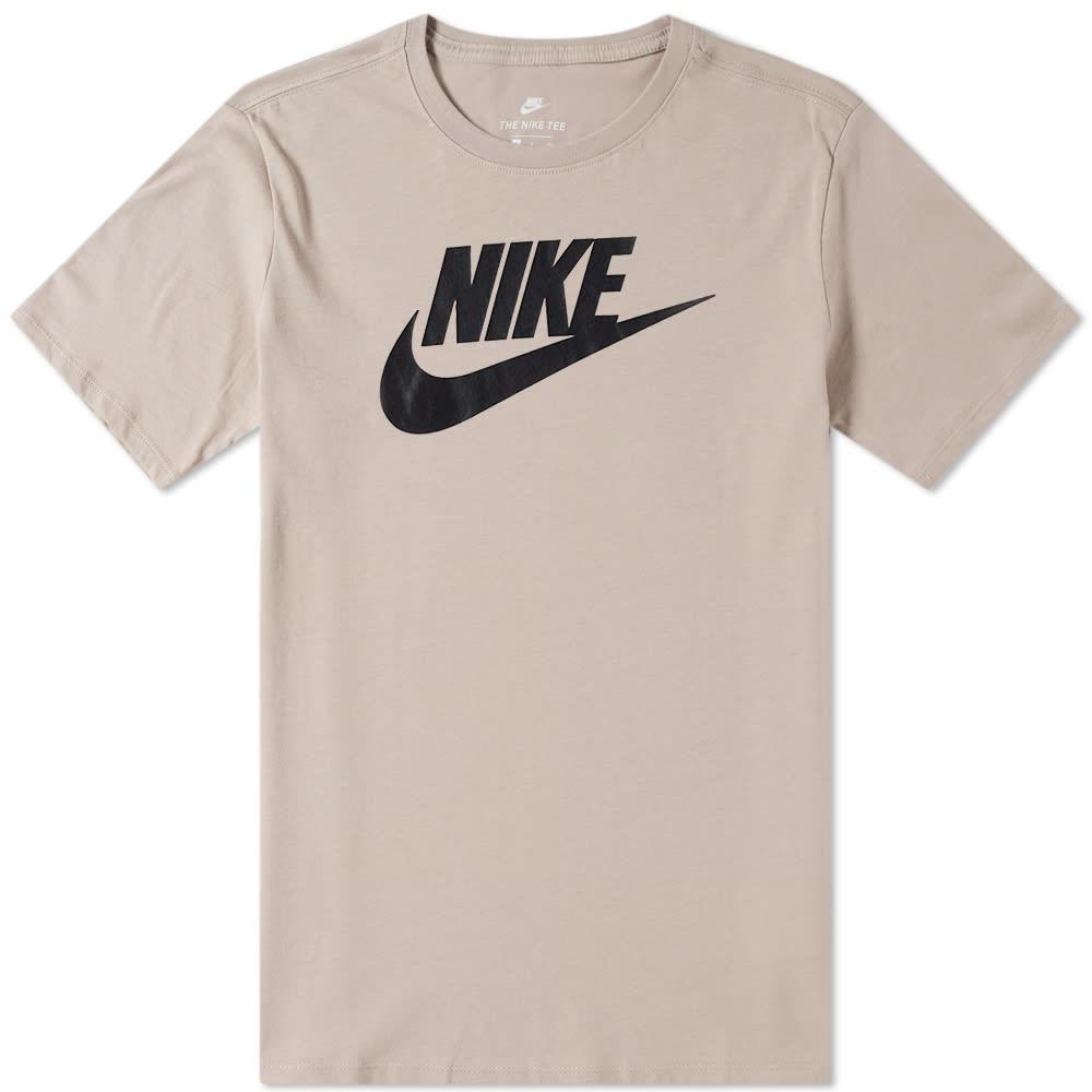 8022f3200 Nike Futura Icon Tee Diffused Taupe & Black | END.