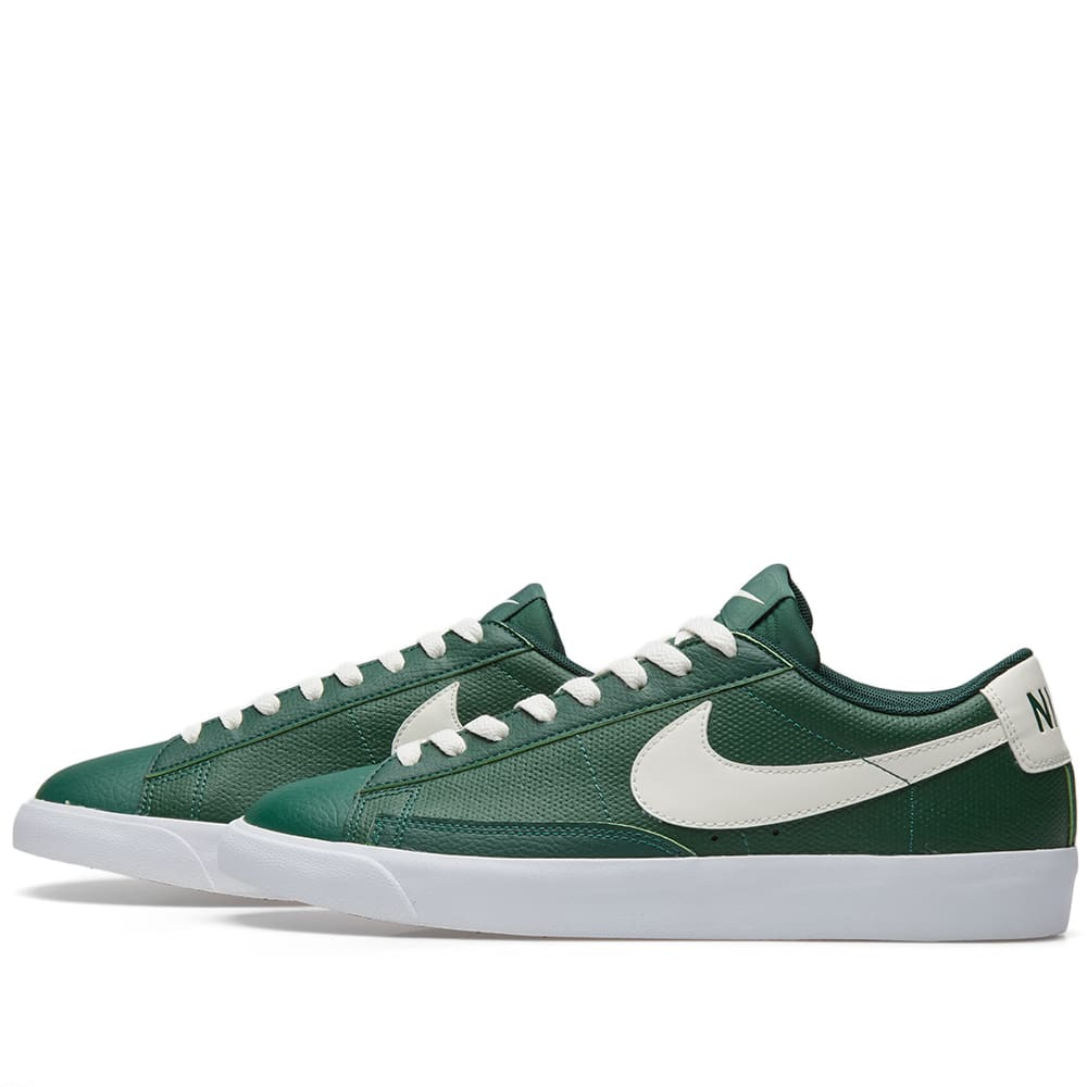 save off ee912 96fb9 Nike Blazer Low Leather