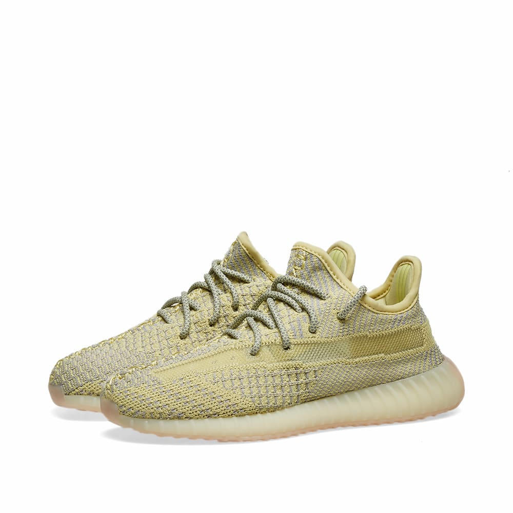 best sneakers d3ca1 9a583 Yeezy Boost 350 v2 Kids