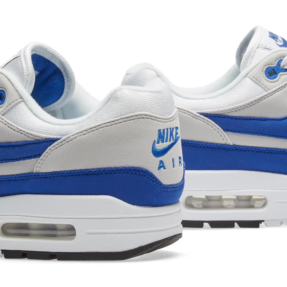 Remembering Kanye West's NIKEiD Air Max 1 That Sold For