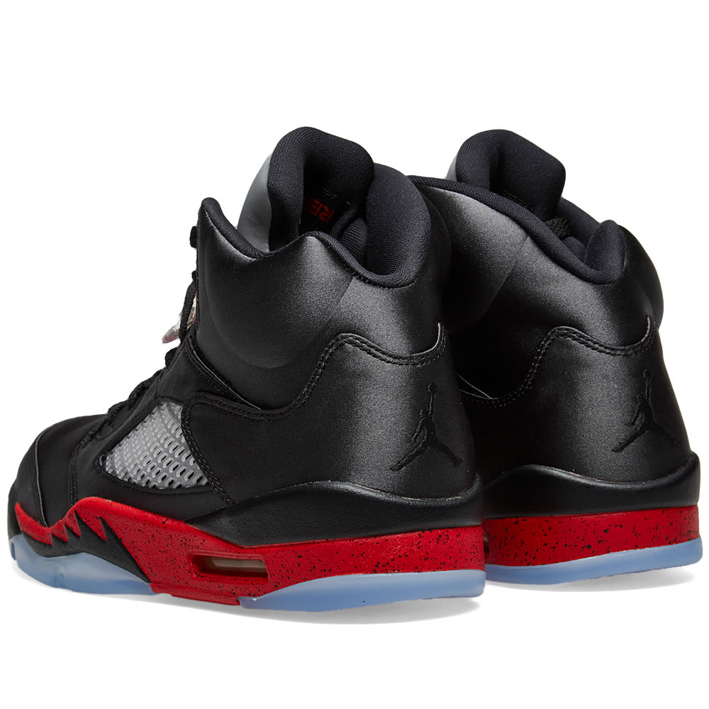 premium selection e5189 ab93a Air Jordan 5 Retro