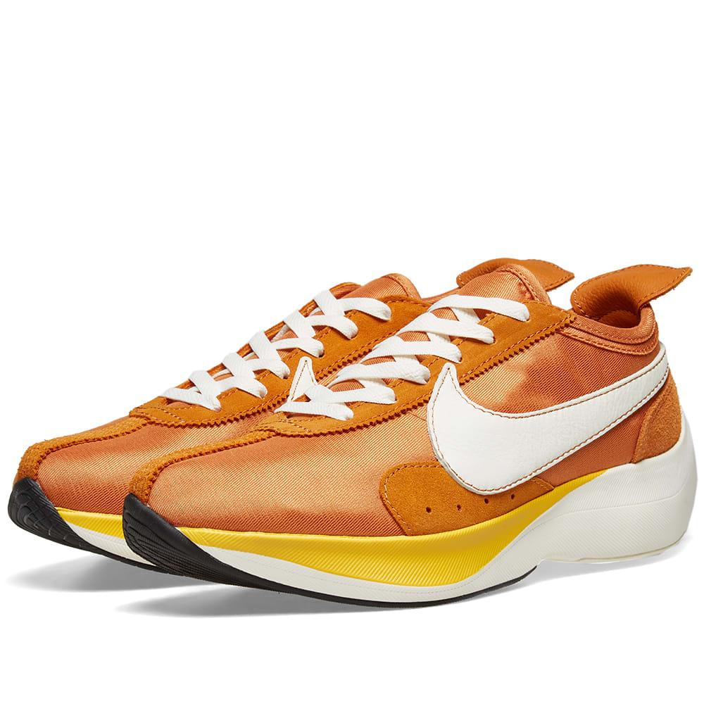 separation shoes e6ada bddb1 Nike Moon Racer QS Monarch, Sail   Amarillo   END.
