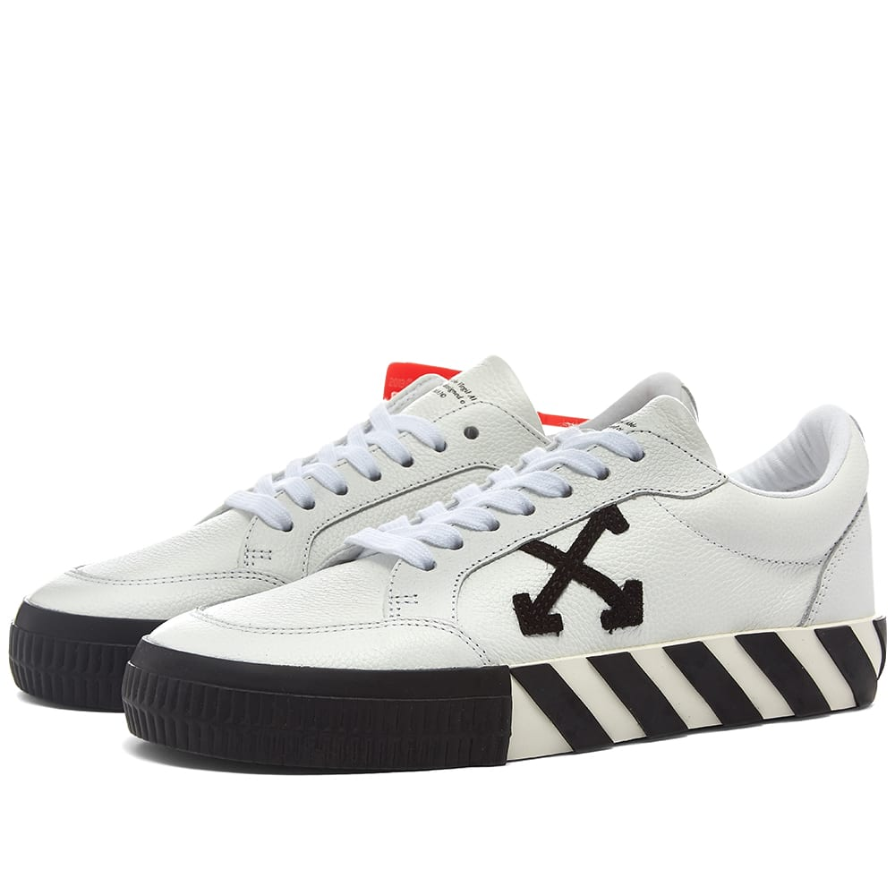 Off White Low Vulcanized Sneaker