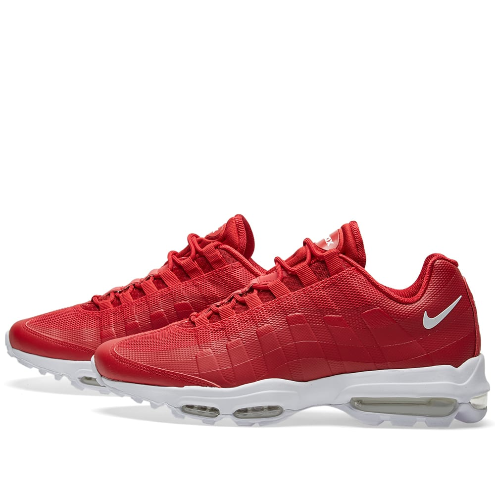 separation shoes 08dc9 29cb2 Nike Air Max 95 Ultra Essential