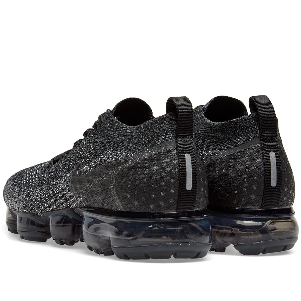 f5ce5188124f3 Nike Air VaporMax Flyknit 2 Black   Dark Grey