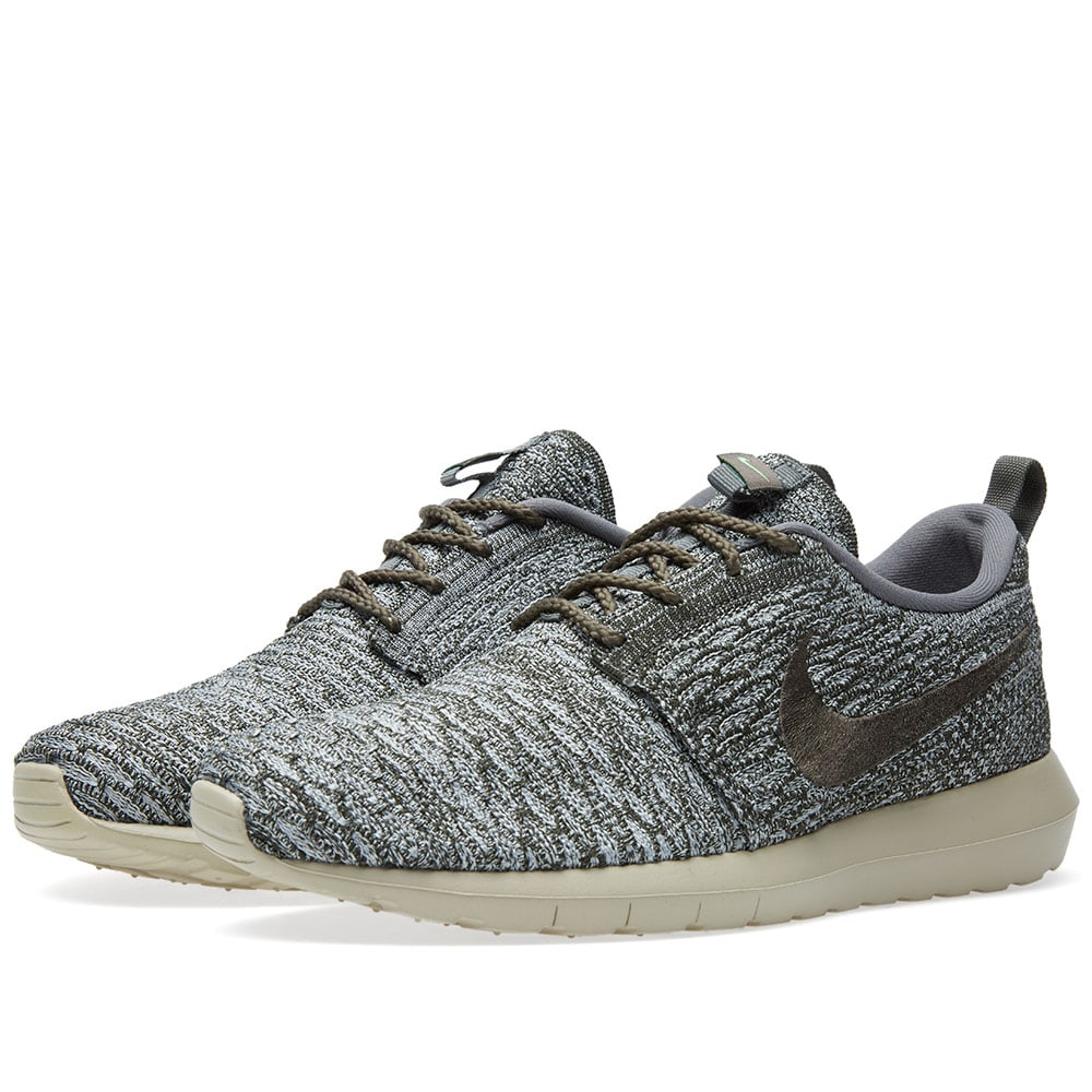 hot sale online 4198d 05ce2 Nike Flyknit Roshe Run