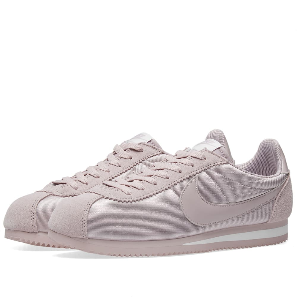low priced 275cf 7f098 Nike Classic Cortez Nylon W Particle Rose   White   END.