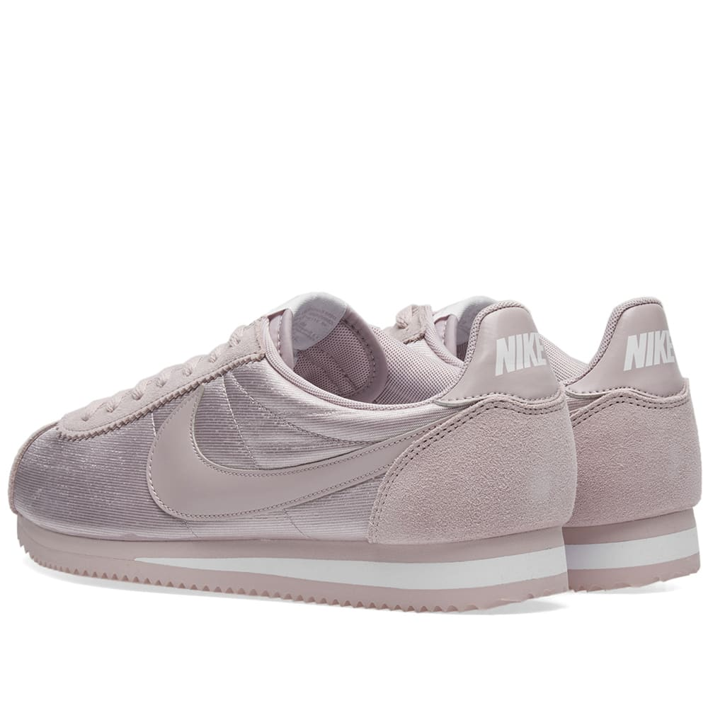 low priced c7fba 0c1a3 Nike Classic Cortez Nylon W Particle Rose   White   END.