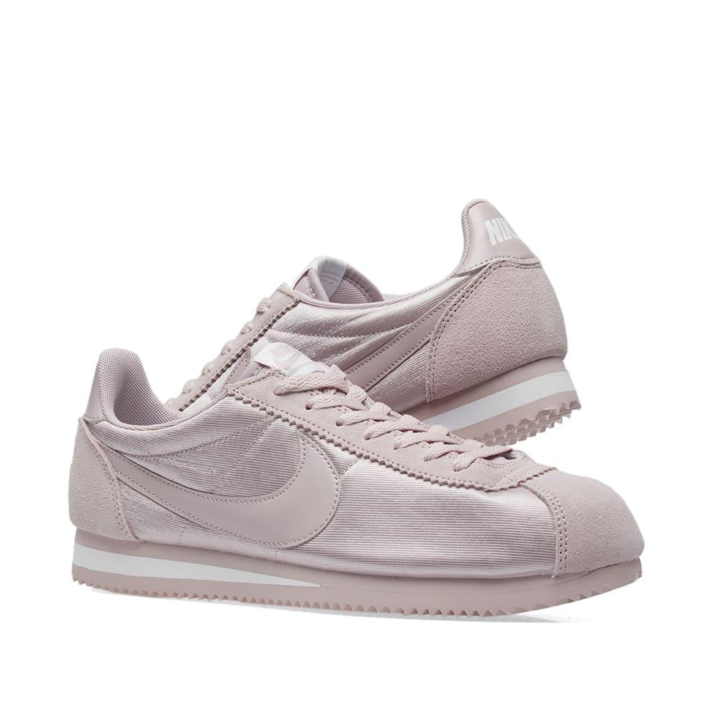buy online 38dc7 0abd4 Nike Classic Cortez Nylon W. Particle Rose   White