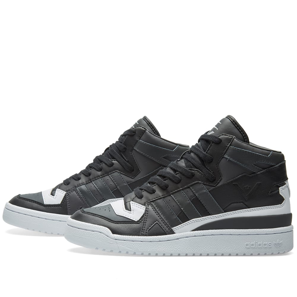uk availability 1b6c4 f7655 Adidas x White Mountaineering Forum Mid Utility Black   Solid Grey   END.