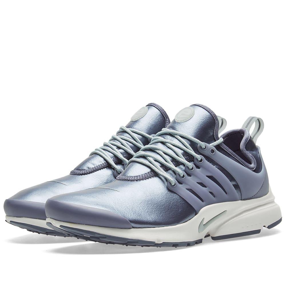Nike Air Presto Se W in Blue