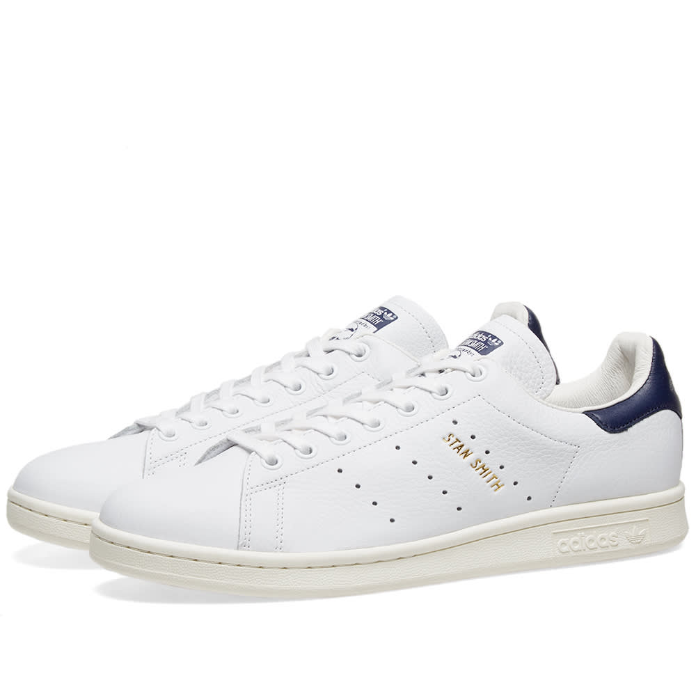 new product 642b9 a3996 Adidas Stan Smith