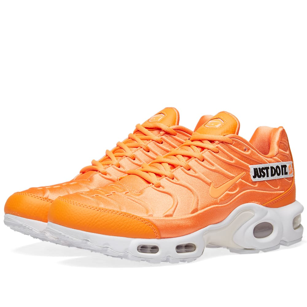Nike Air Max Plus SE W Orange, White & Black | END.