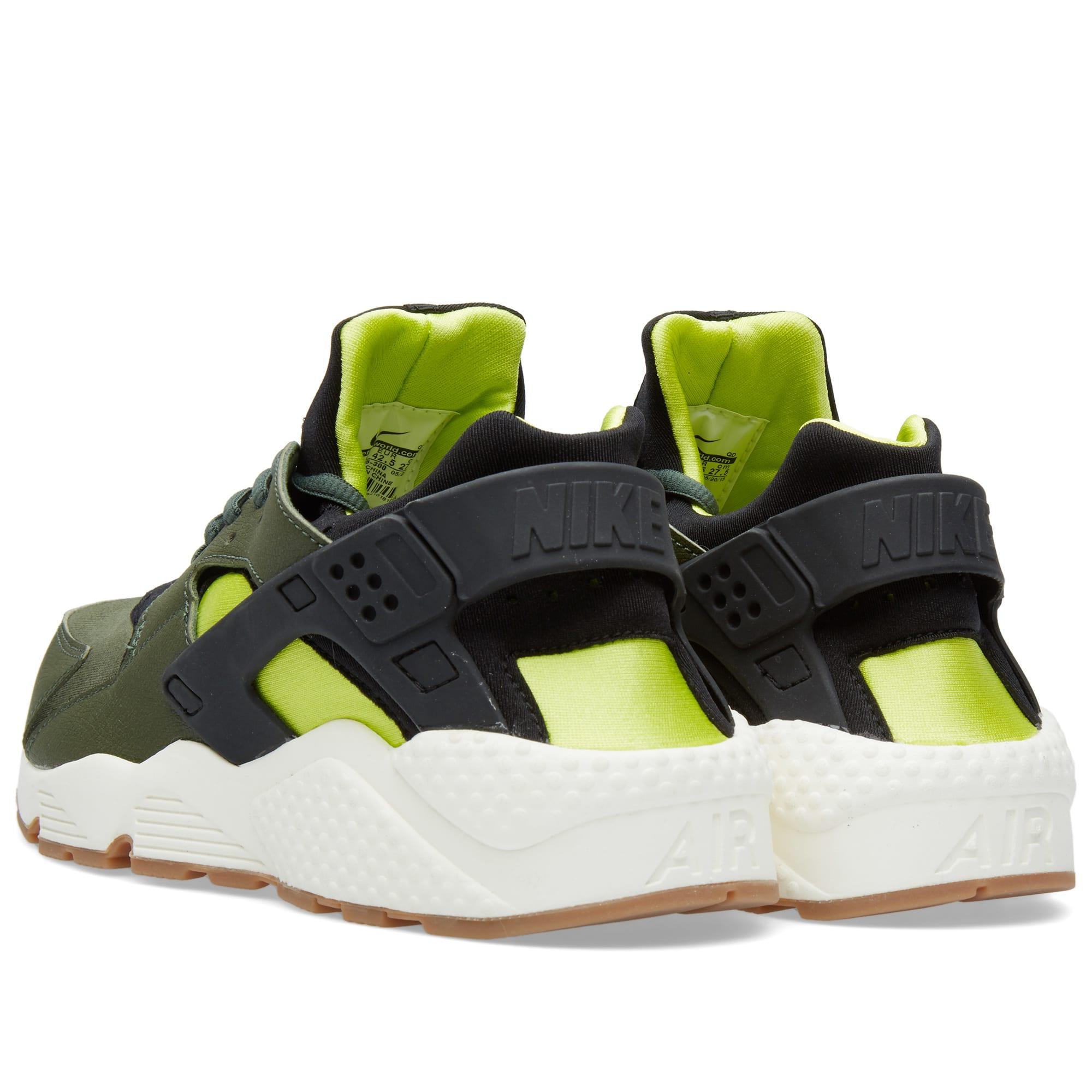 wholesale dealer 23066 824a8 Nike W Air Huarache Run. Carbon Green   Black