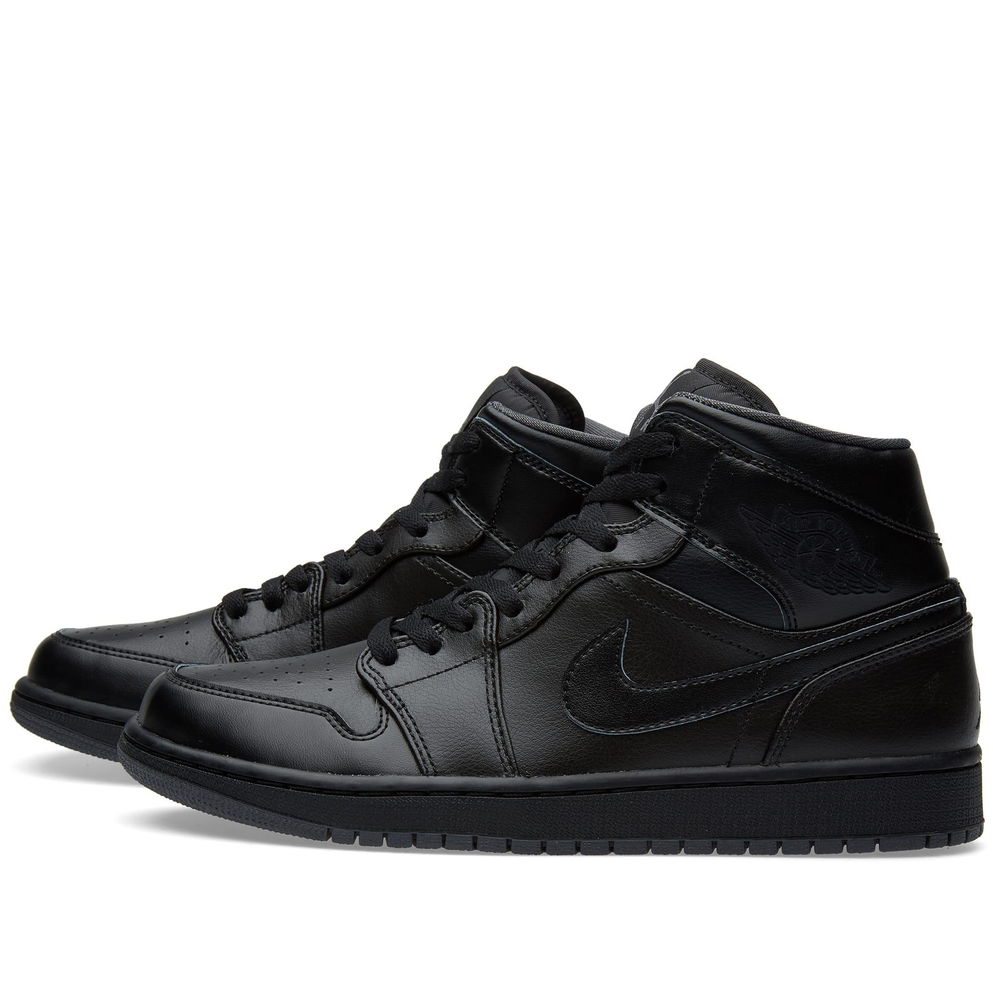 buy popular e9f37 d85b3 Nike Air Jordan 1 Mid Black   END.