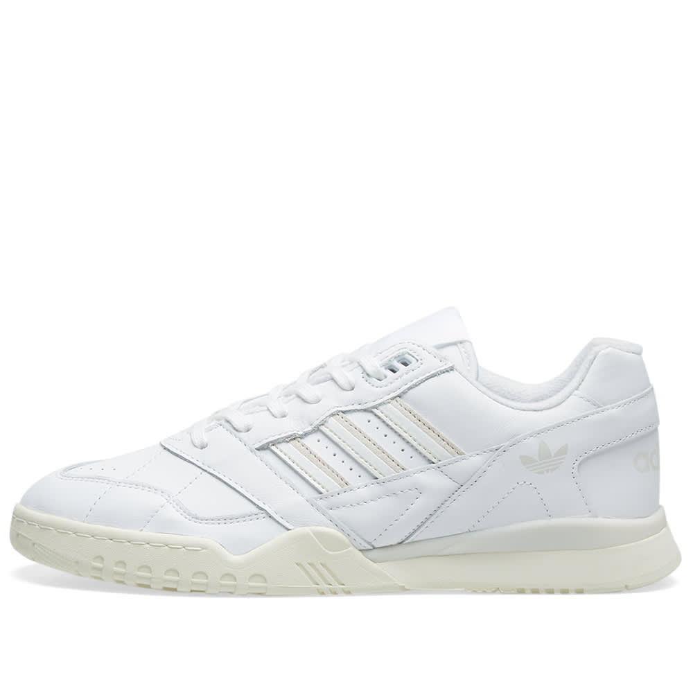 adidas chaussure a.r trainer