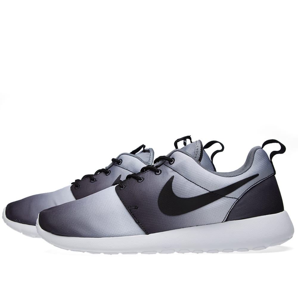 on sale dfac1 5501d Nike Roshe Run Print 'Eclipse'