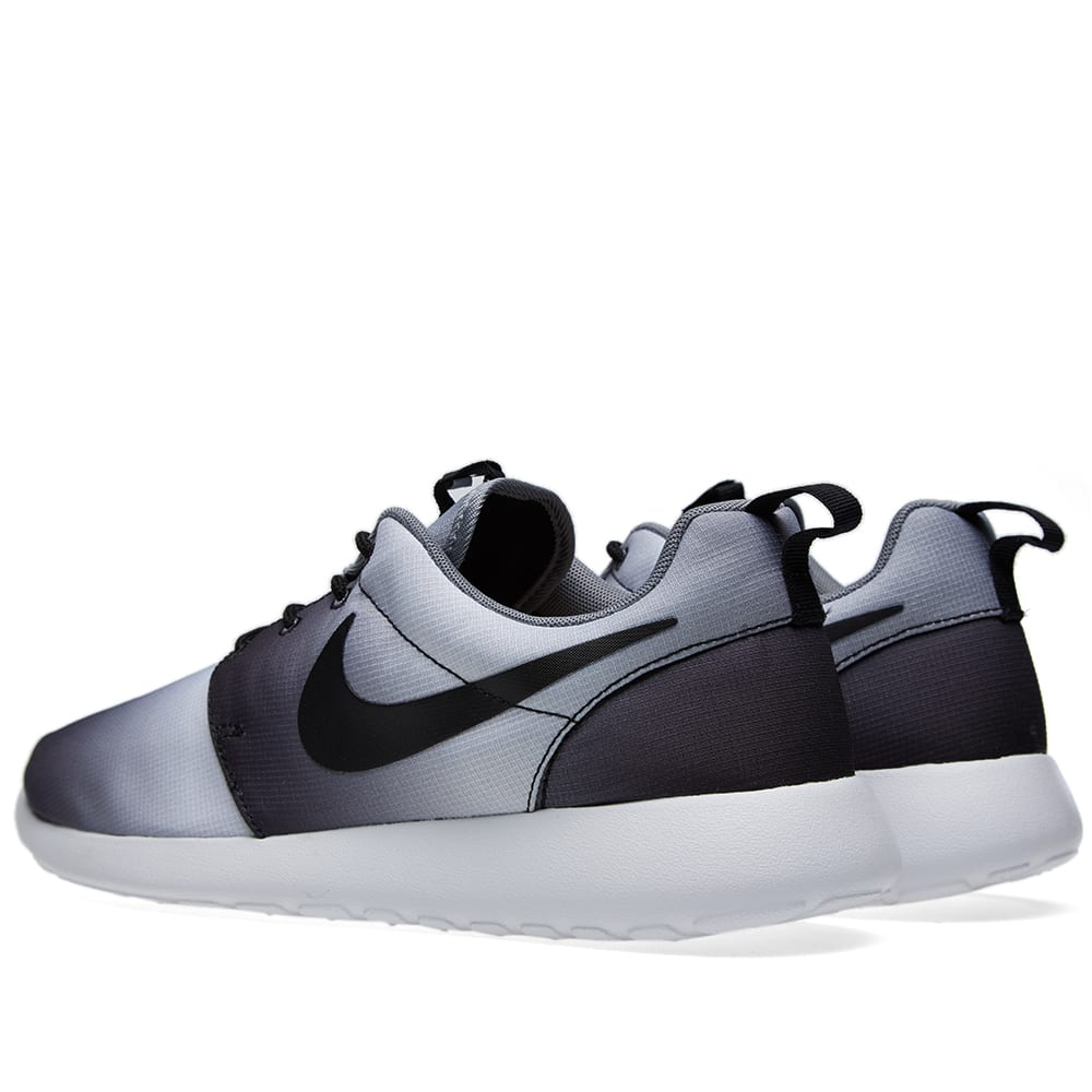 3754d0dde0808 Nike Roshe Run Print  Eclipse  Black