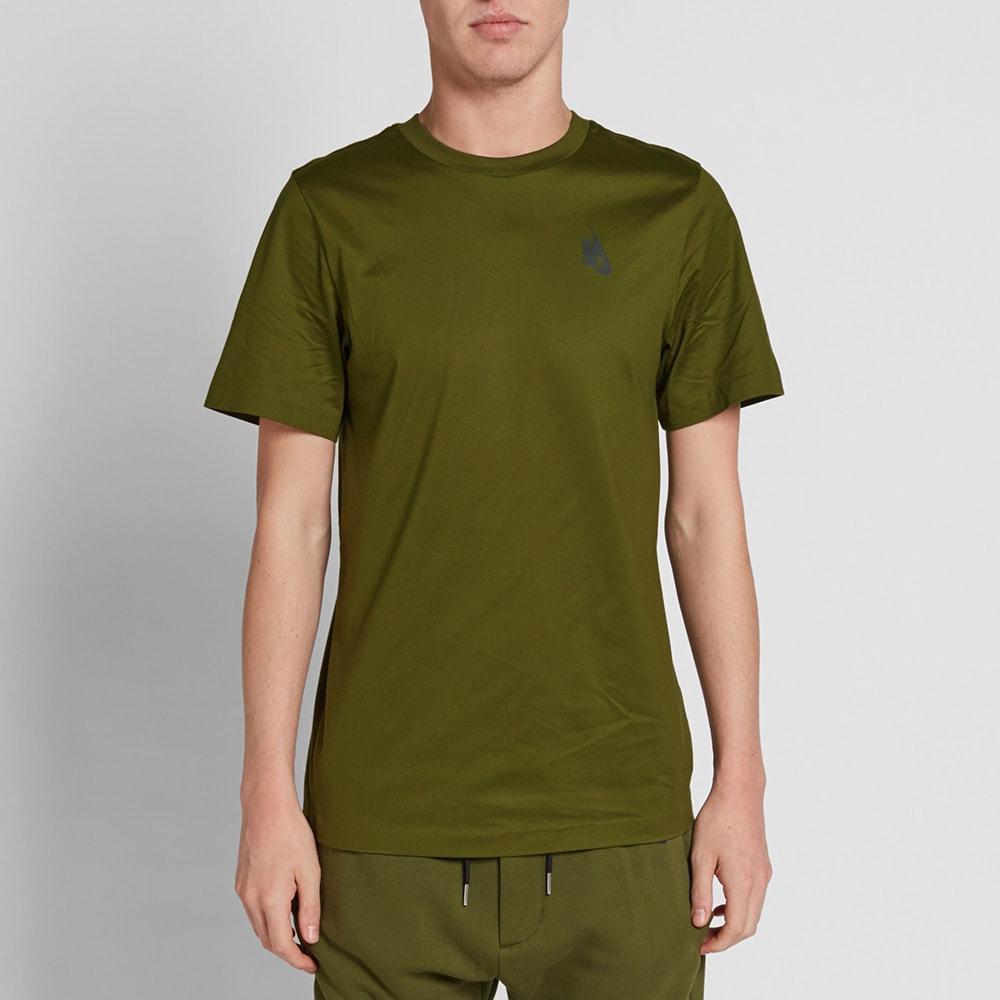 6f8e9b27f NikeLab Essentials Tee Legion Green & Black   END.