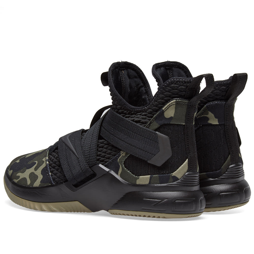 low priced 76ac3 77d0d Nike Lebron Soldier XII SFG