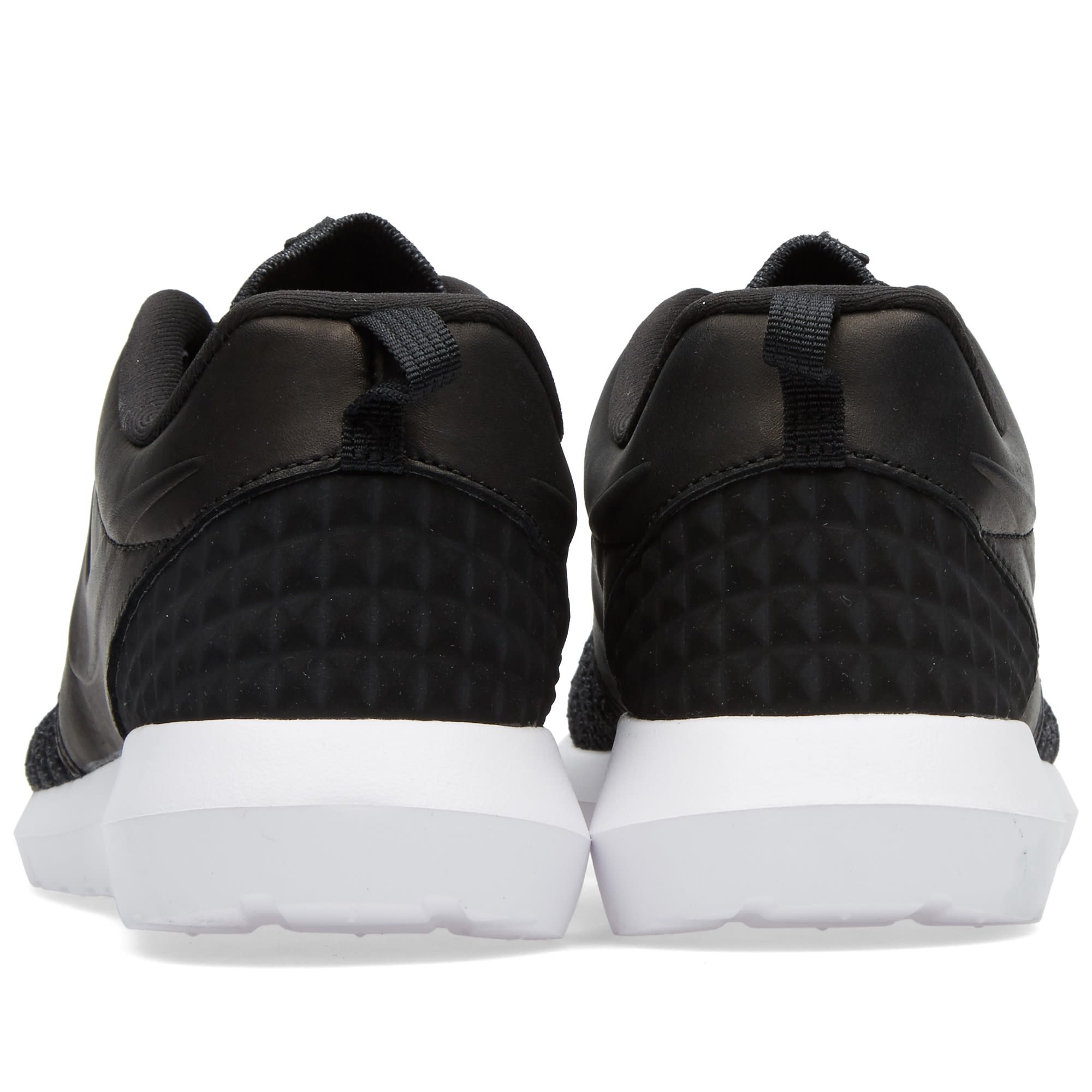 166fbf3762bf Nike Roshe One NM Flyknit Premium Black
