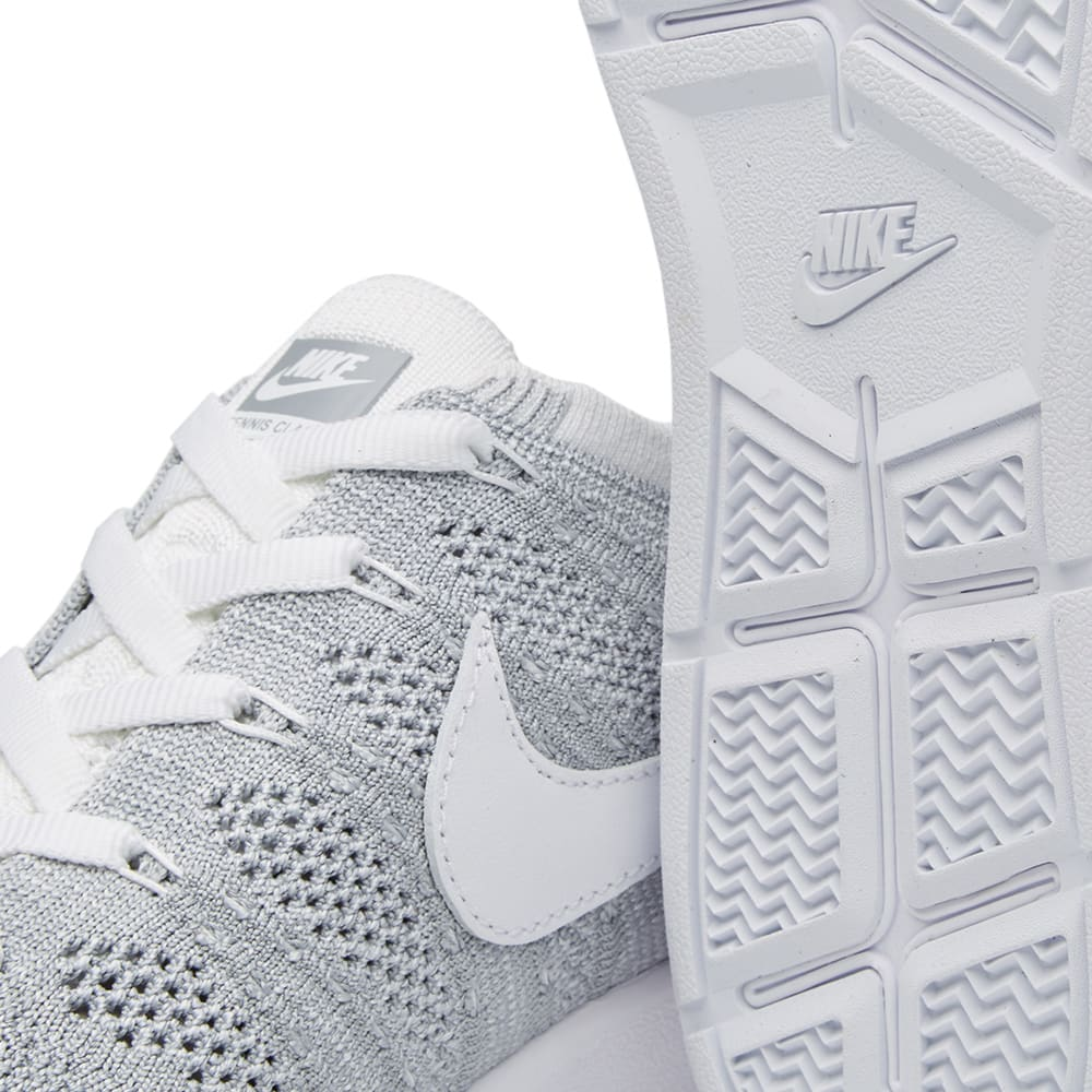nike tennis classic ultra flyknit wolf grey white. Black Bedroom Furniture Sets. Home Design Ideas