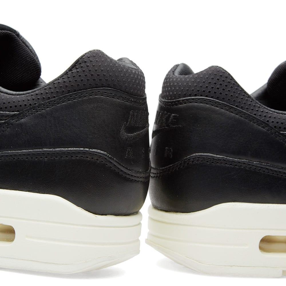 the latest 021d7 01eb7 Nike W Air Max 1 Pinnacle Black   Sail   END.