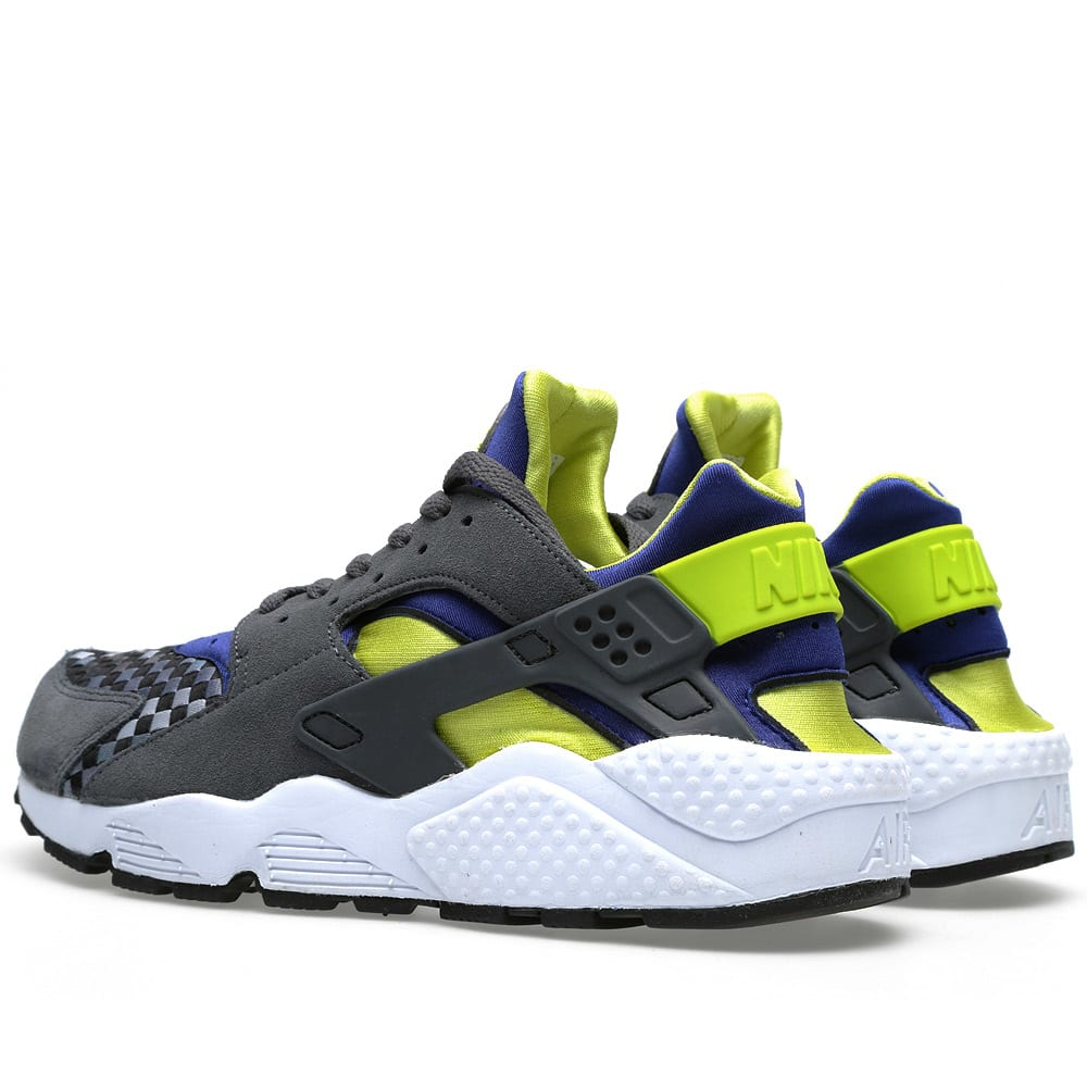 the latest 289bd 10d17 Nike Air Huarache Dark Grey   Venom Green   END.