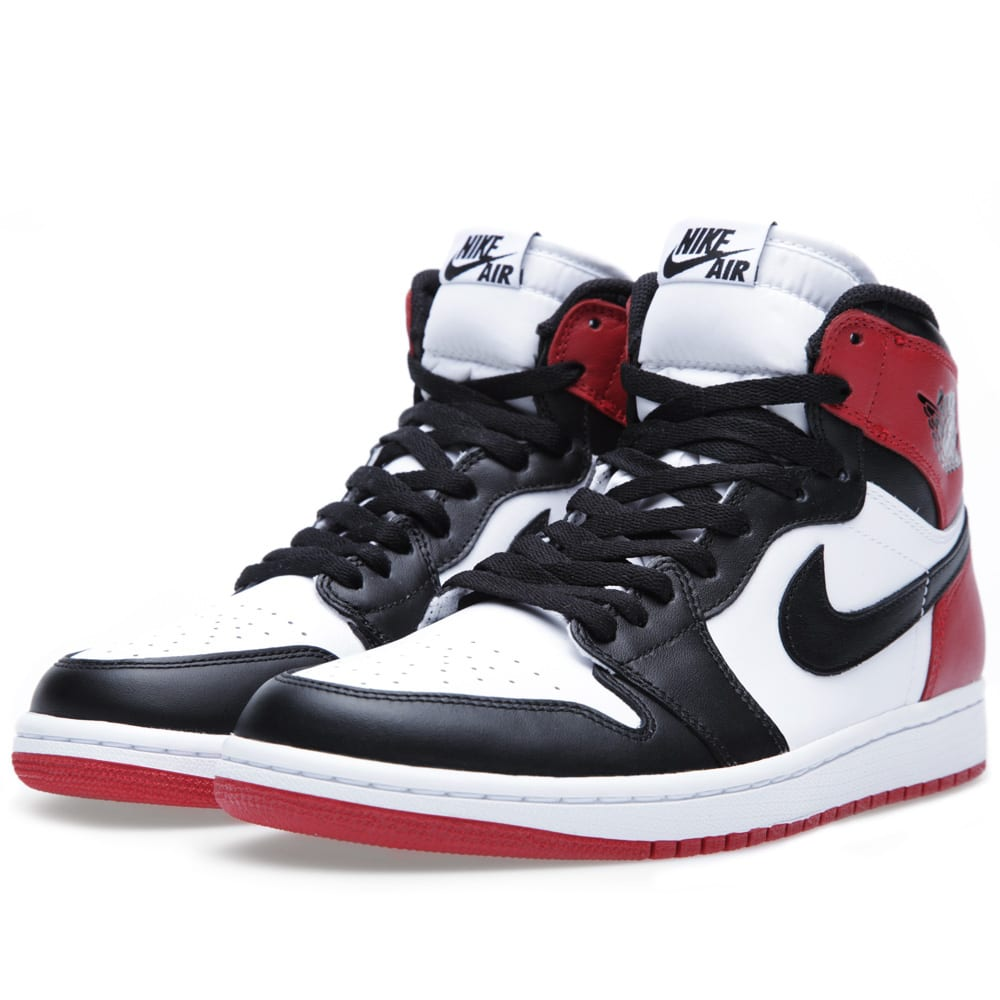sale retailer 6bc58 a5630 Nike Air Jordan 1 Retro  Black Toe  White, Black   Gym Red   END.