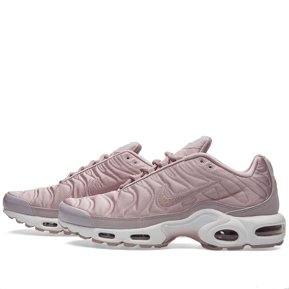 finest selection da5c2 73743 Nike W Air Max Plus SE Plum Fog   White   END.