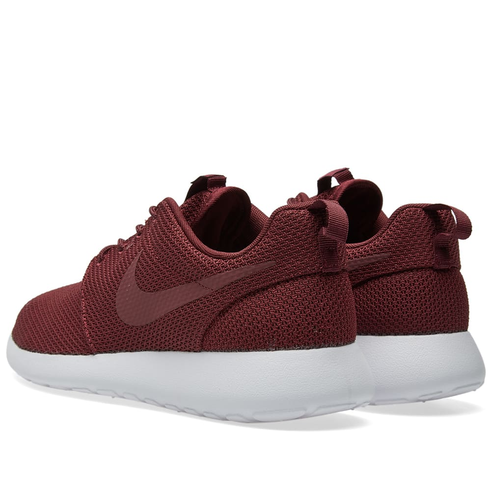 9e386d06743b Nike Roshe One Night Maroon   White