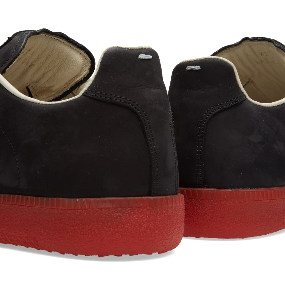 new product 02c7c e08f2 Maison Margiela 22 Replica Low Red Sole Sneaker