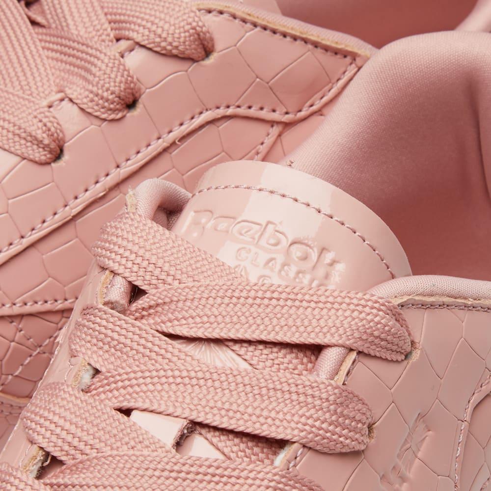 beb38447c62ca Reebok Classic Crackle W Pink   White
