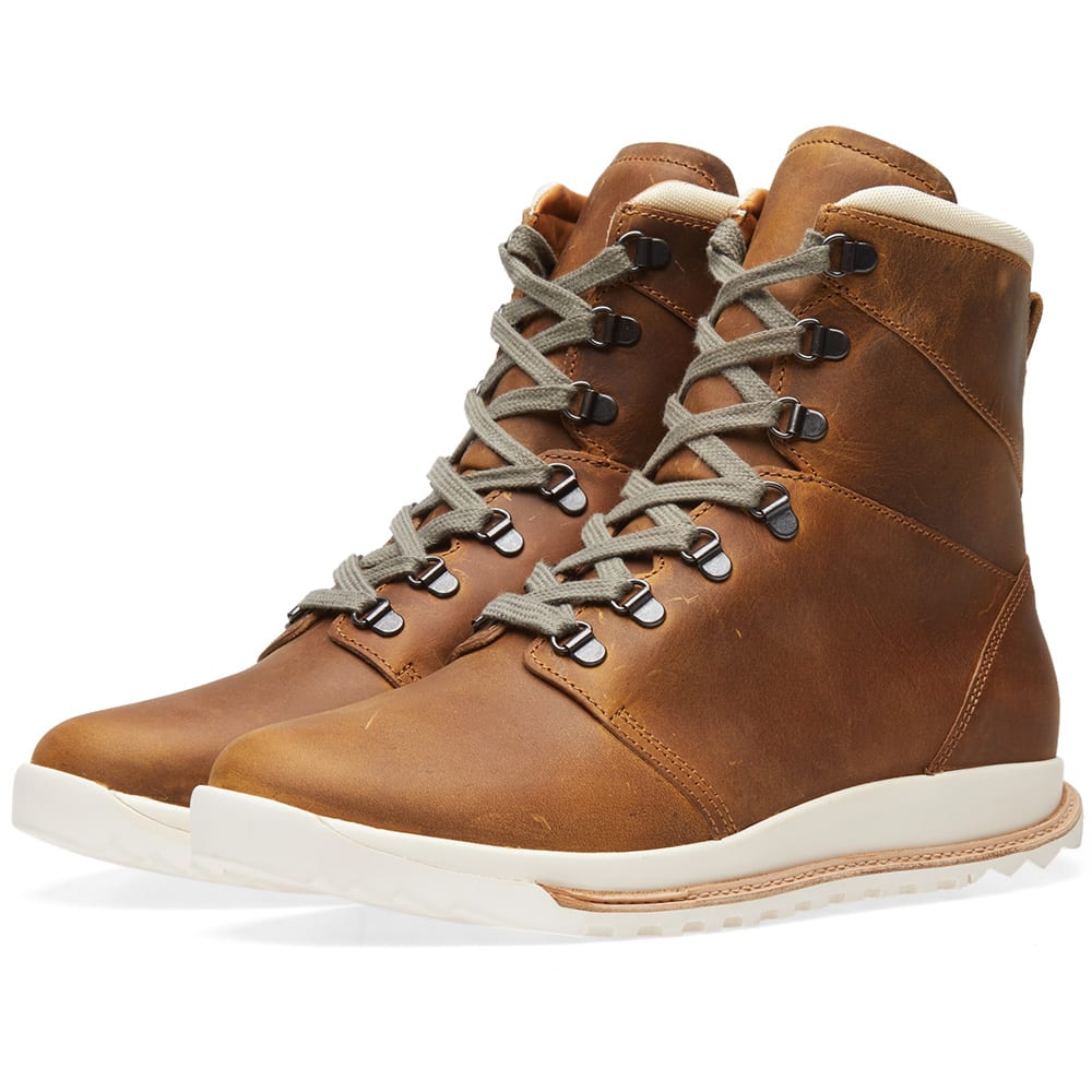 Dirt Grafton Oiled Leather Hiking Boots in Brown