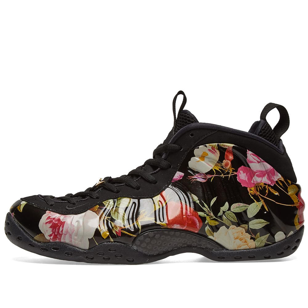2aab02d6f8a Nike Air Foamposite One W  Floral  Black   Gold