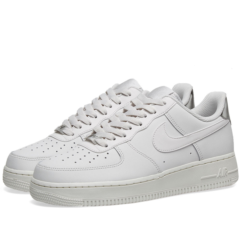 Nike Air Force 1 '07 Essential W