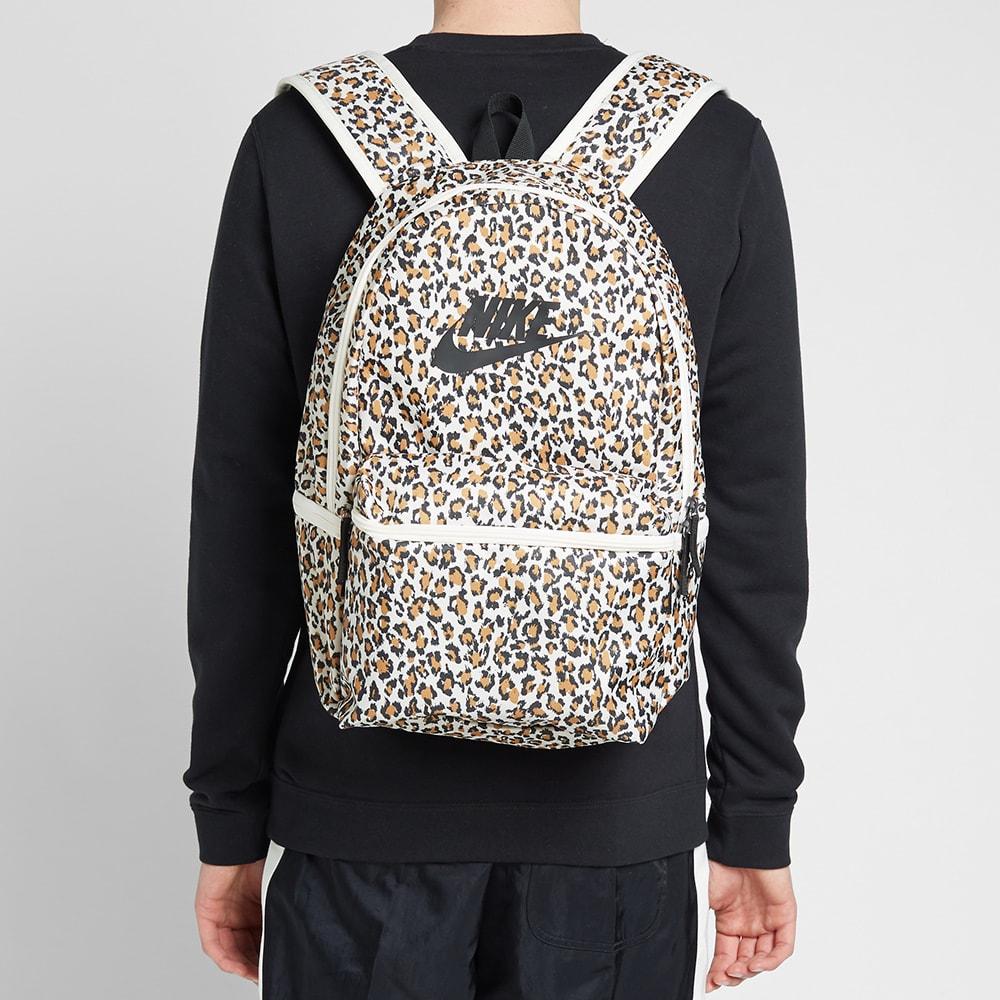 Nike Heritage Leopard Backpack Pale