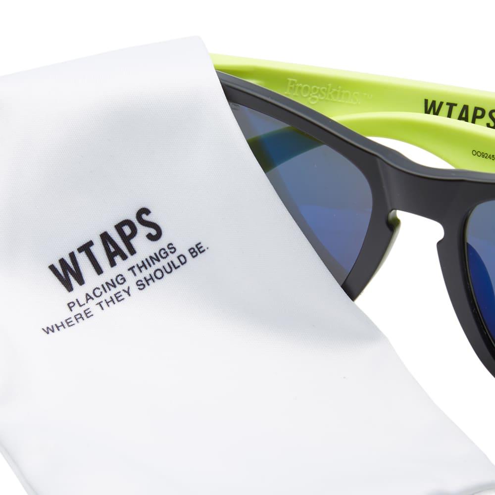 5dbc9796e503e WTAPS x Oakley Frogskin Sunglasses Black