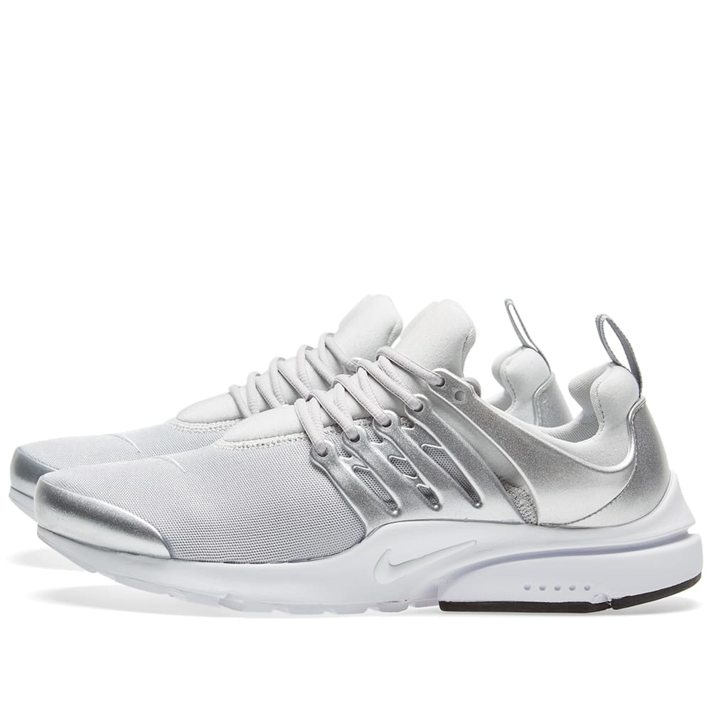 uk availability 2f45c 4a9e0 Nike Air Presto Trainers | Compare Prices at FOOTY.COM