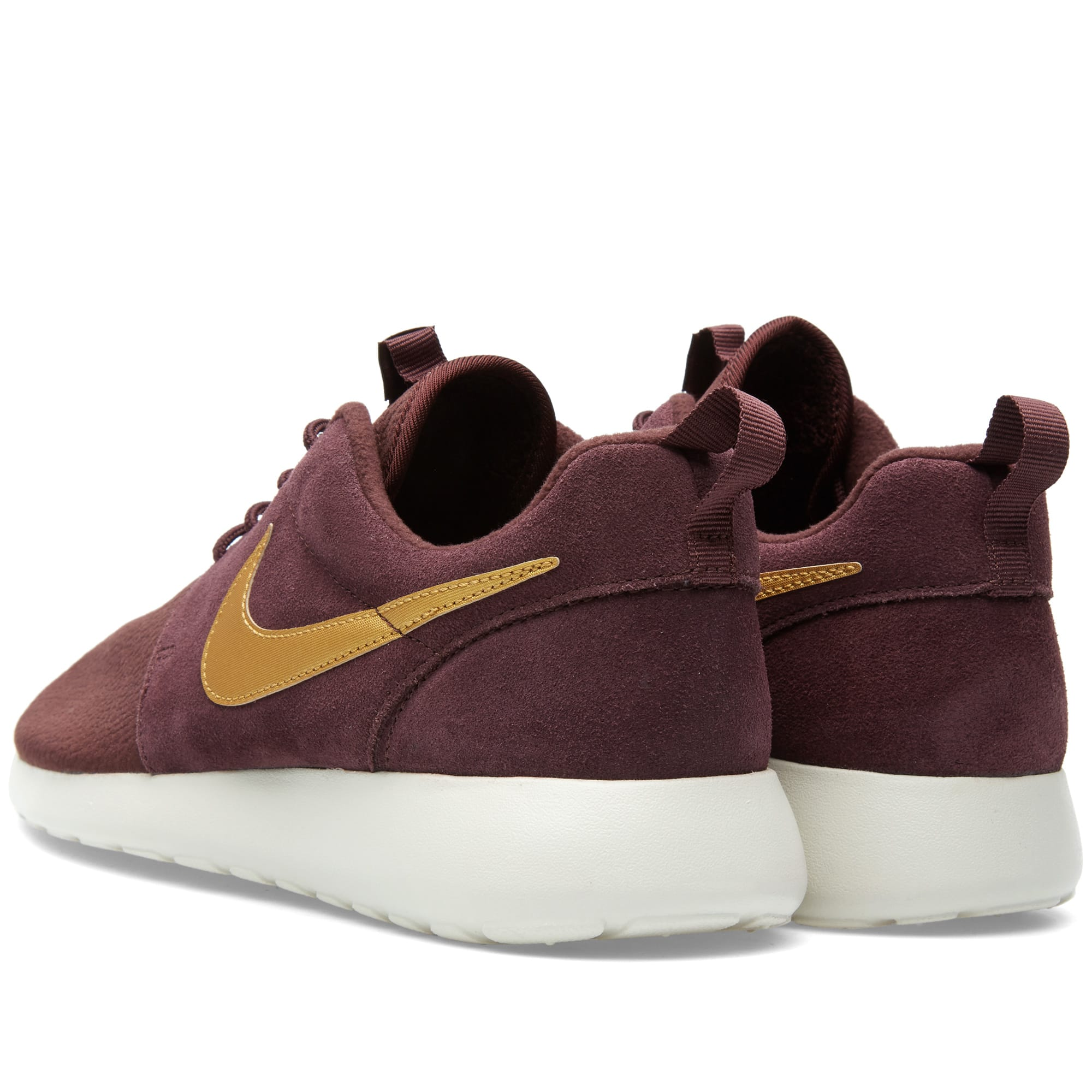 new style b5071 709c7 Nike Roshe One Suede Mahogany   Metallic Gold   END.
