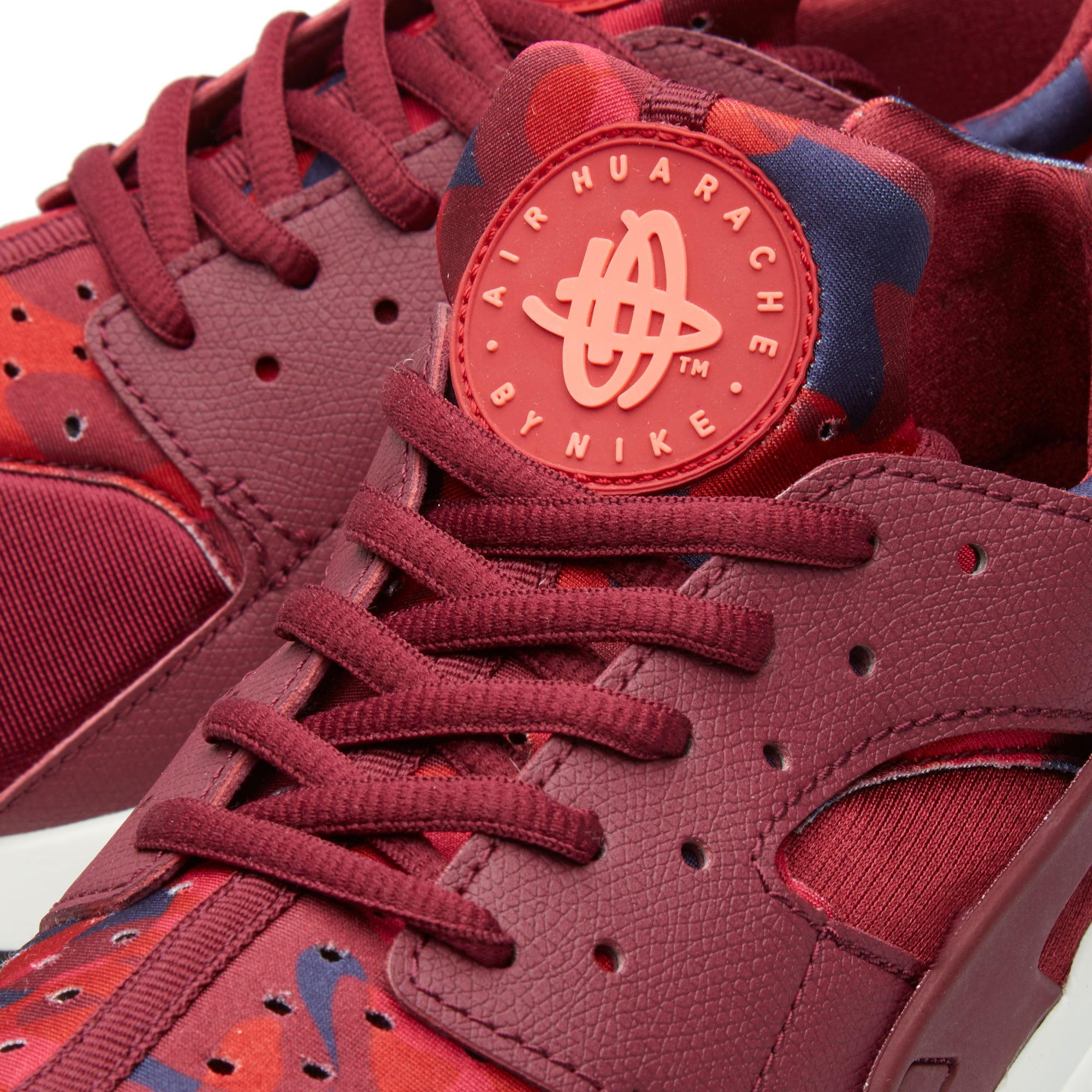 44465a960e08 Nike W Air Huarache Run Print Deep Garnet   Bright Crimson