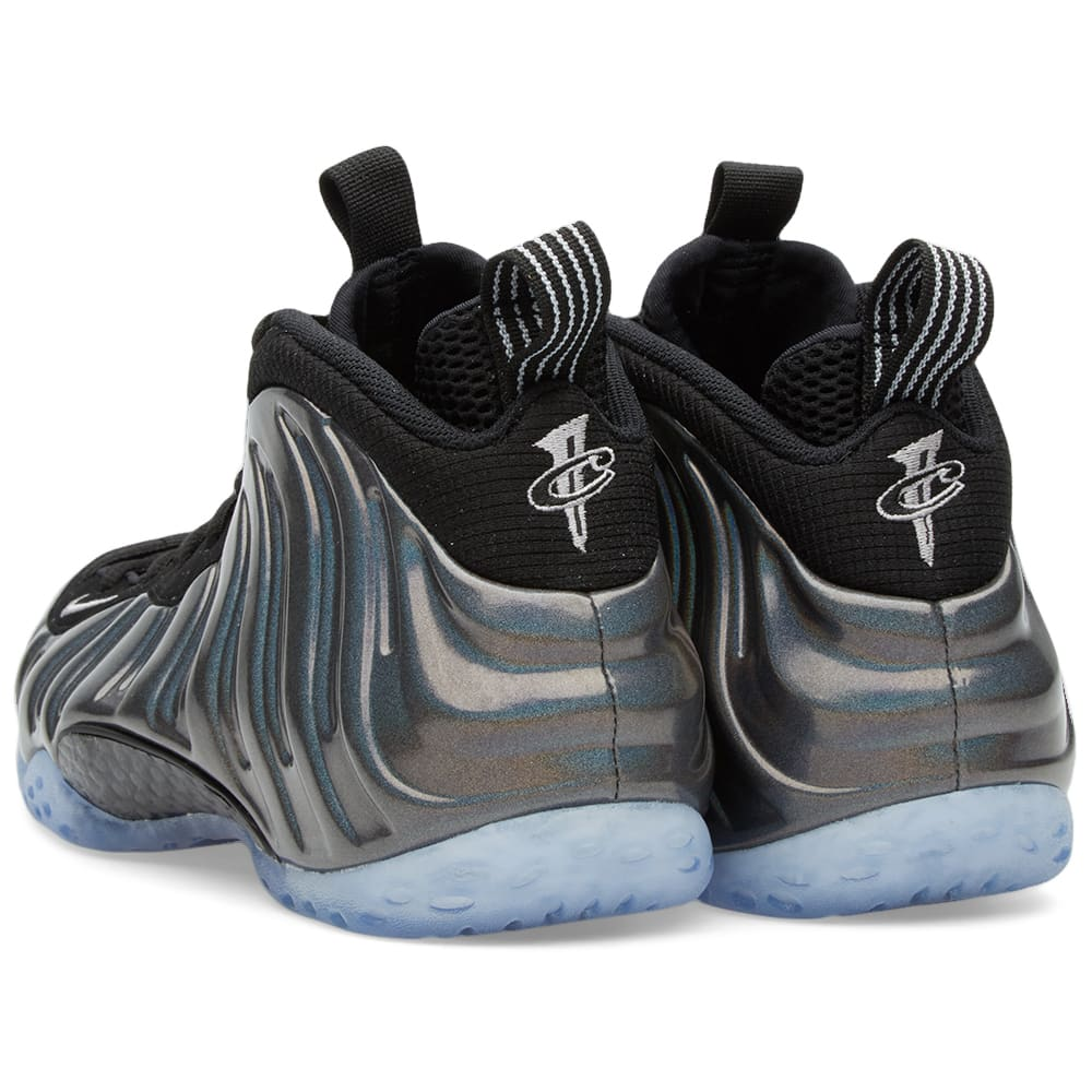 new product 7ca76 3bea6 Nike Air Foamposite One 'Hologram'