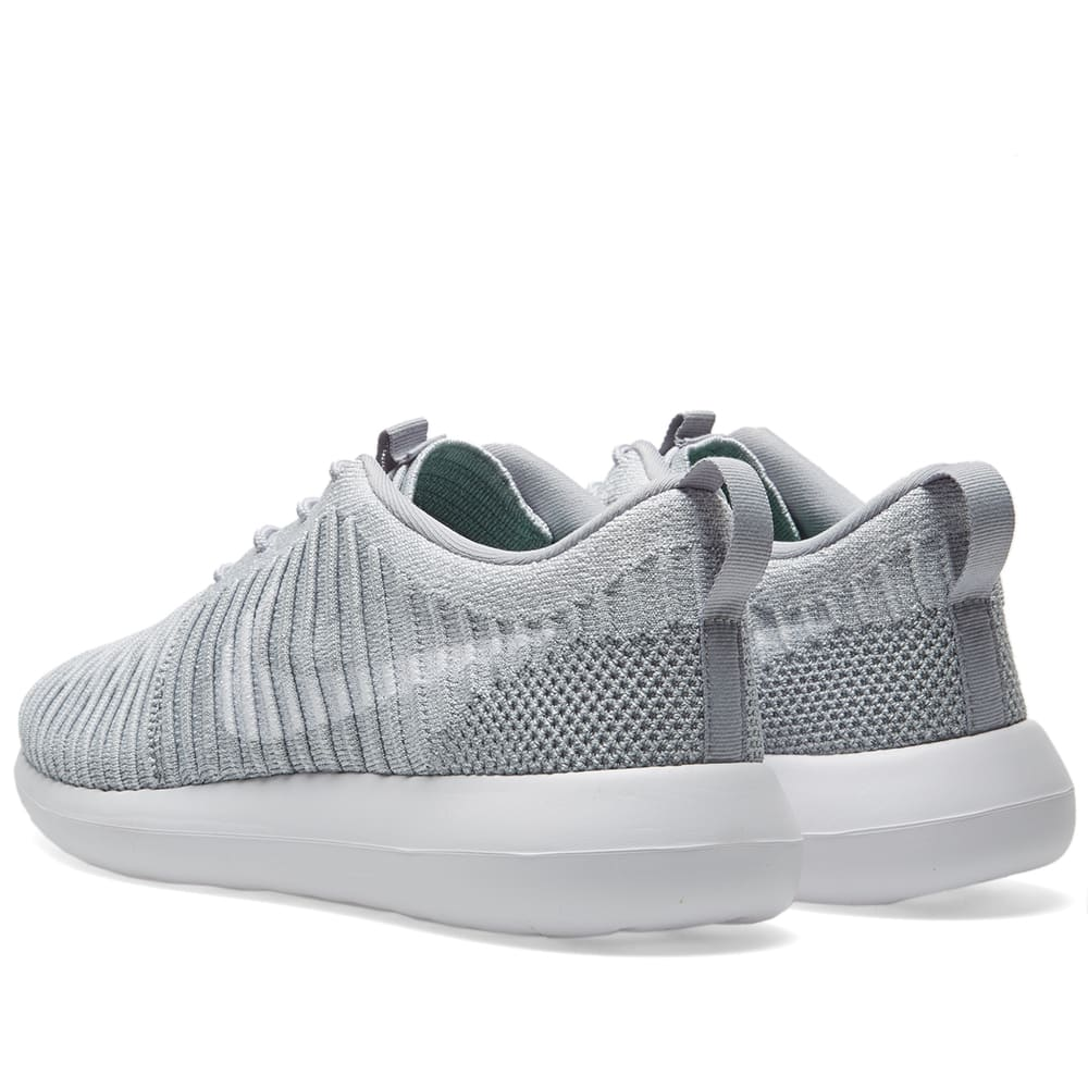 new style df8f4 44253 Nike Roshe Two Flyknit