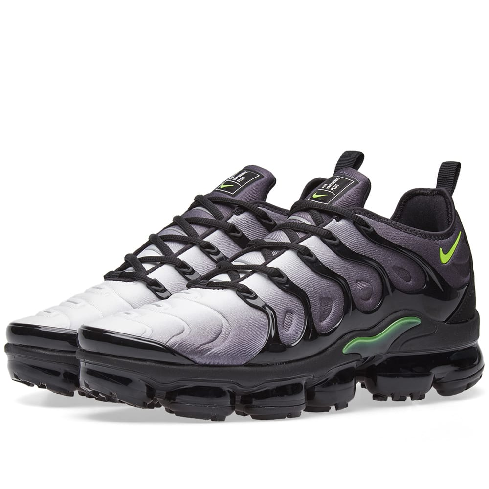 286ee20d8acd7 Nike Air VaporMax Plus Black