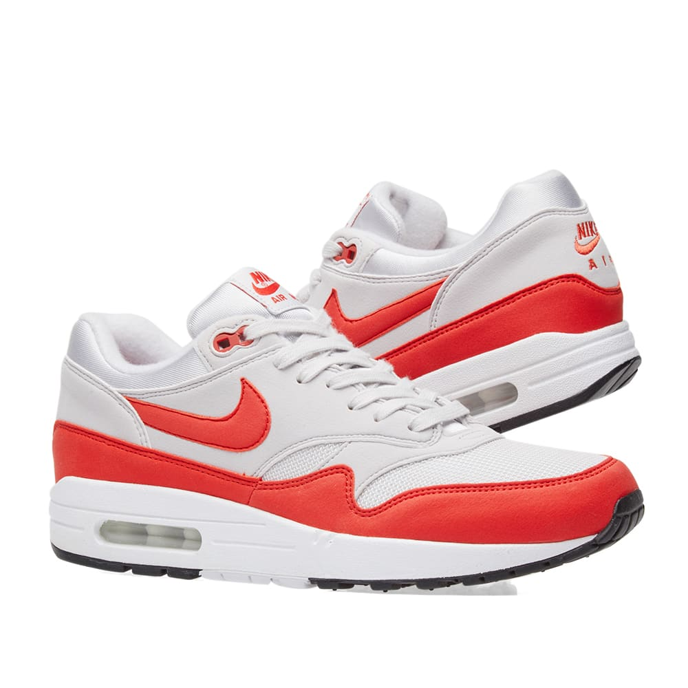 pick up e1dc5 b548d Nike Air Max 1 W. Vast Grey   Habanero Red