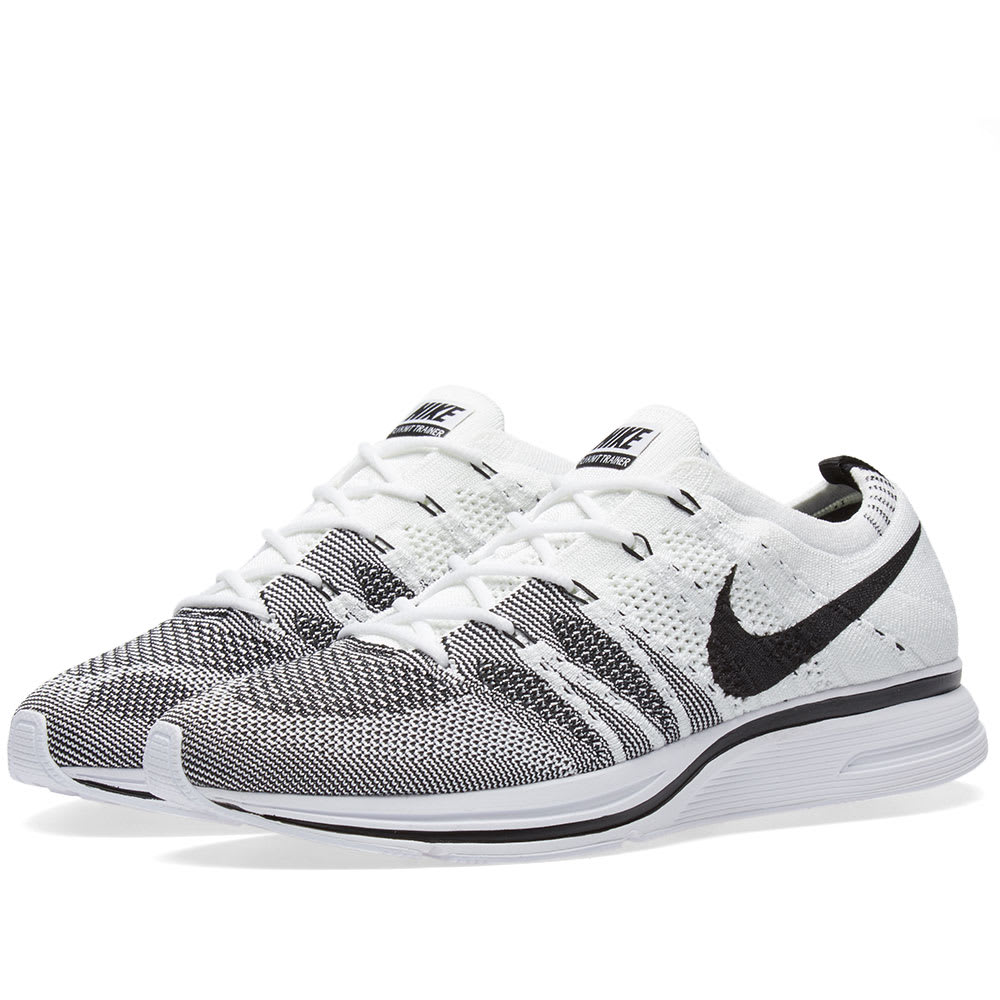 the best attitude ab1c2 0e2d0 Nike Flyknit Trainer White   Black   END.