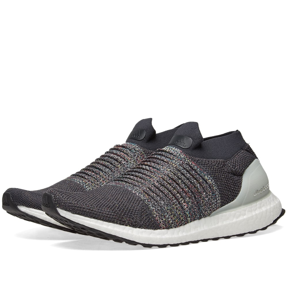 d5c312eb1aadf Adidas Ultra Boost Laceless Carbon