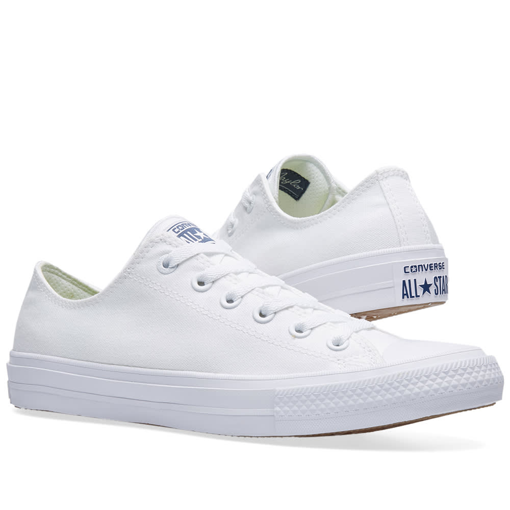 best service 30752 df954 Converse Chuck Taylor II Ox White   Navy   END.