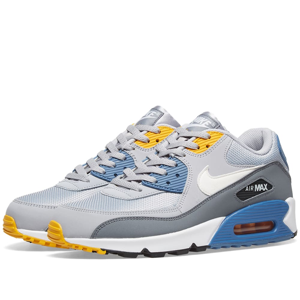 reputable site 7383a 1d3c1 Nike Air Max 90 Essential