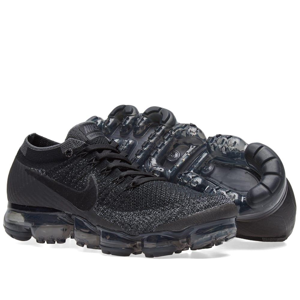 0cb07c15db8f Nike Air VaporMax Flyknit W Black